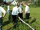 Maibaum aufstellen 2006_13