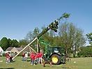 Maibaum aufstellen 2009_56