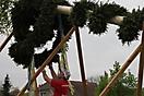 Maibaum aufstellen 2010_43