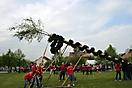 Maibaum aufstellen 2010_44