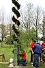 Maibaum aufstellen 2010_71
